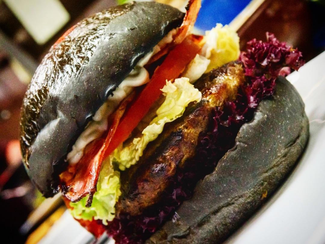 Black burger by El Toro steakhouse